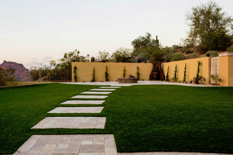 Some excellent backyard AZ landscaping in the Sun Valley area.