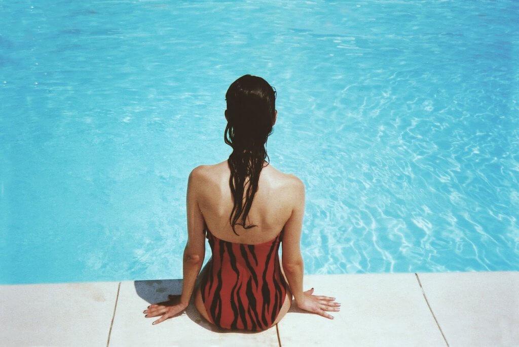 pool-lady