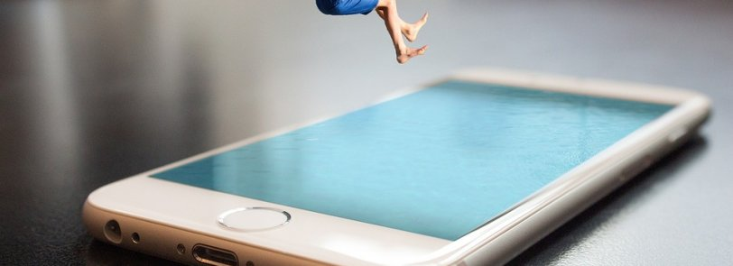 jump into a smartphone pooll