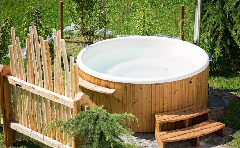 Enjoy installing a hot tub in your Arizona yard